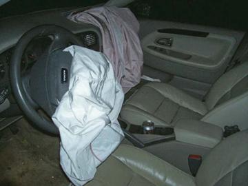 car accident airbag car accidents. Black Bedroom Furniture Sets. Home Design Ideas