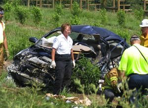 Auto Mobile Accident Photo: Wreck, Crash: The Car Wreck and