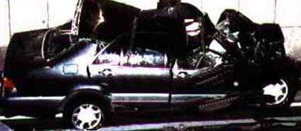 Autos donde murieron personajes famosos-http://www.car-accidents.com/2006-Auto-pics/diana_crash_8.jpg