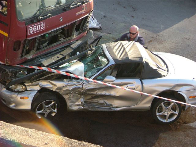 THi, Pictures of an accident that occurred on the N3 highway between
