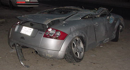 Audi TT Crash Accident Pics