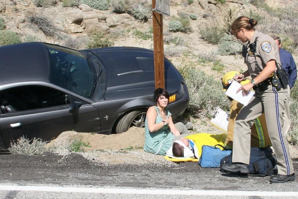 Mustang Avoids CliffPalm Desert, CA